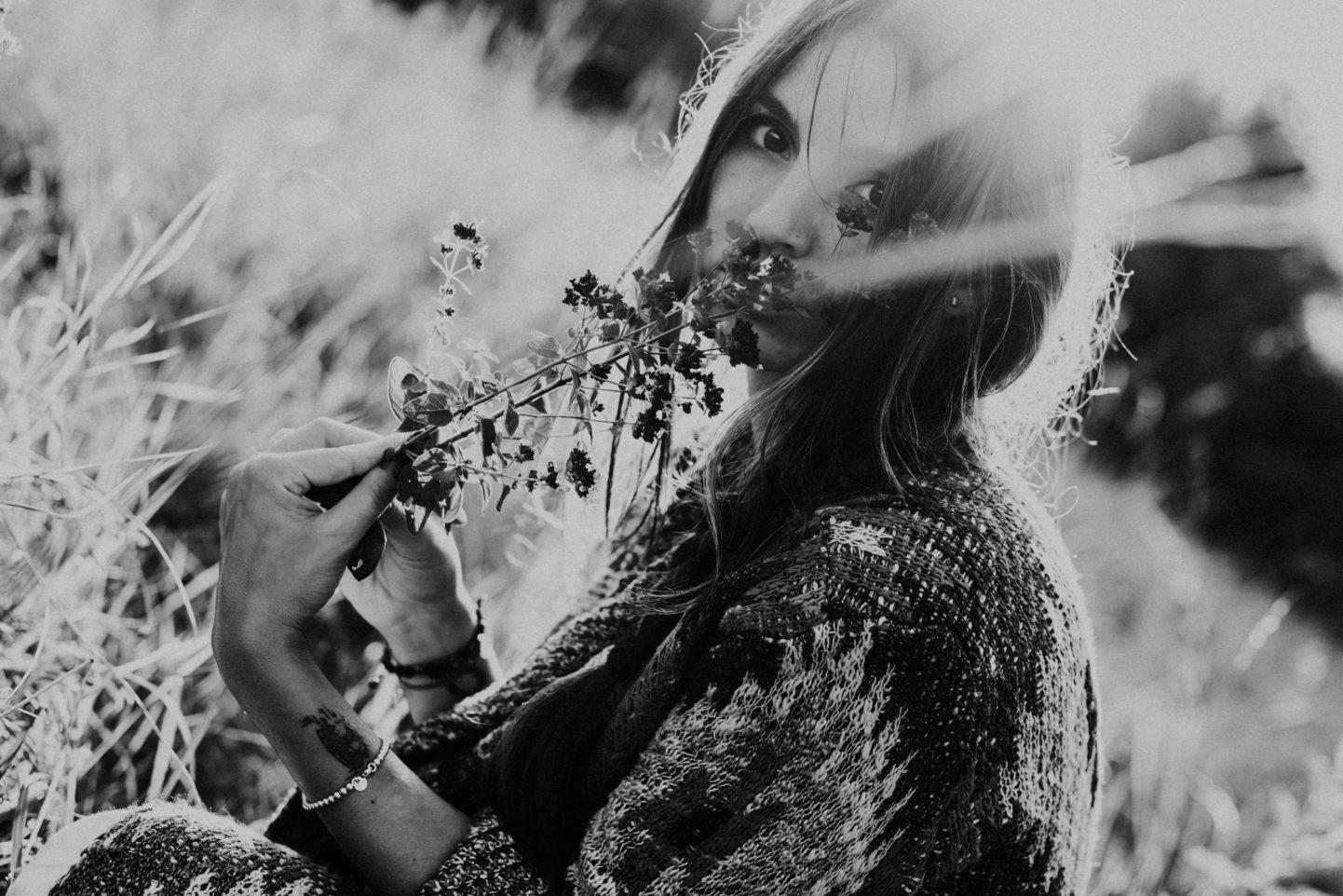 Sommer Portrait Blumen Frau